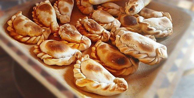 Empanadas en Posada Loma del Tigre